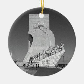 Cool Discoveries Monument | Padrão Descobrimentos Christmas Ornament