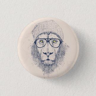 Cool lion 3 cm round badge