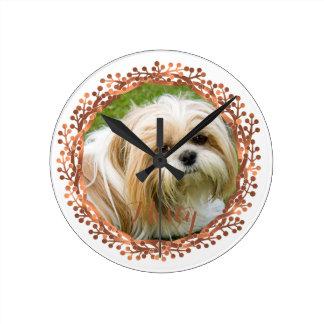 Copper-look berry wreath photo design round clock