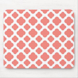 Coral Pink Quatrefoil Pattern Mouse Mat