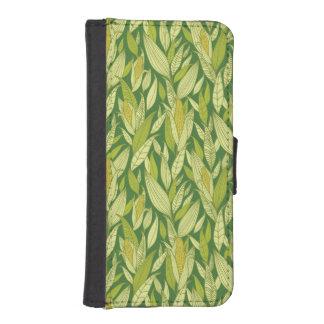 Corn plants pattern background iPhone SE/5/5s wallet case