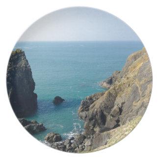 Cornish cliffs dinner plates