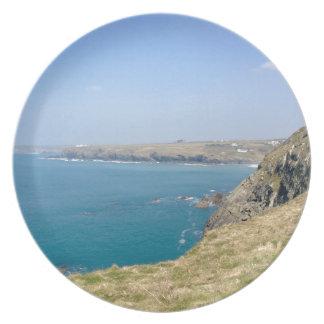 Cornish cliffs party plate