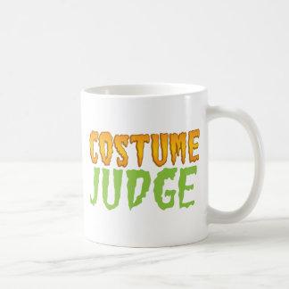 COSTUME JUDGE BASIC WHITE MUG