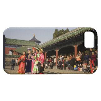Costumed amateur folk dancers entertain iPhone 5 case