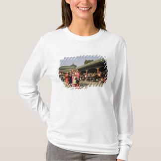 Costumed amateur folk dancers entertain T-Shirt