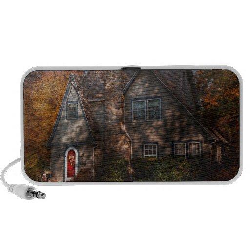 Cottage - Cranford, NJ - Autumn Cottage