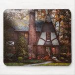Cottage - Westfield, NJ - A place to retire Mousemat
