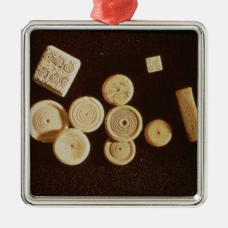 Counters and dice, Gallo-Roman Christmas Ornament