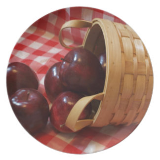 Country Apples on a Checkered Tablecloth Plate