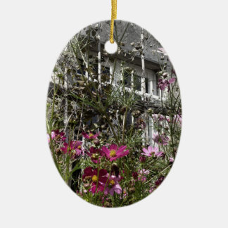 Country house ceramic oval decoration
