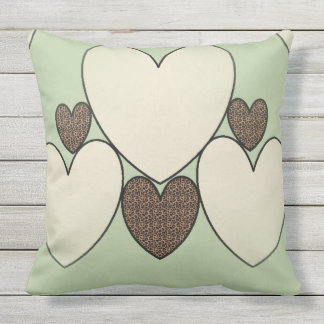 Country-Quilt_Suggle-Hearts(c)_Sage-Cheetah _LARGE Outdoor Cushion