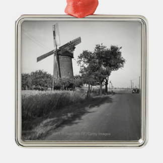 Country road and traditional windmill Silver-Colored square decoration