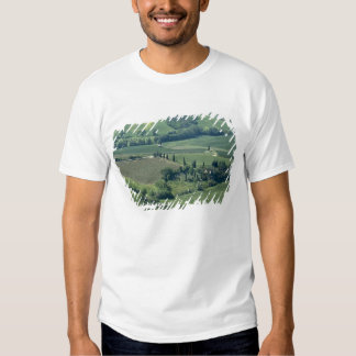Countryside near Montepulciano, Val d'Orcia, Tshirts
