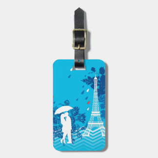 Couple in Paris with Eiffle Tower Luggage Tag