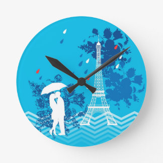 Couple in Paris with Eiffle Tower Round Clock