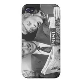 Couple Reading Magazine Case For The iPhone 4