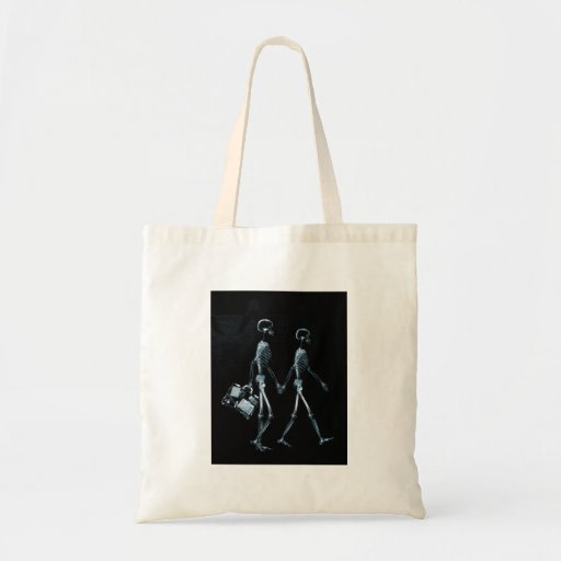 Couple Travelling X-Ray Vision Skeletons - Blue Budget Tote Bag
