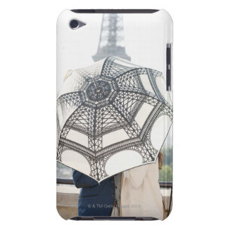 Couple under an umbrella with the Eiffel Tower iPod Touch Case-Mate Case