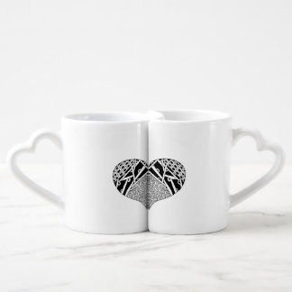 Couples nesting coffee mugs with heart design