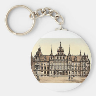Court House, Wiesbaden, Hesse-Nassau, Germany clas Basic Round Button Key Ring