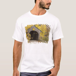 Covered bridge, Vermont, USA 2 T-Shirt