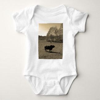 Cow, Black bull. Sepia Tone  Photo Shirts