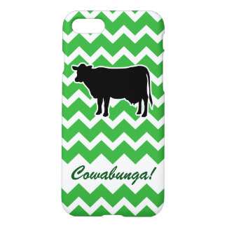 Cow Silhouette with Green Chevron Pattern iPhone 7 Case