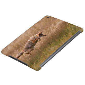 Coyote Leaping - Gibbon Meadows iPad Air Case
