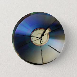 Cracked CD 6 Cm Round Badge