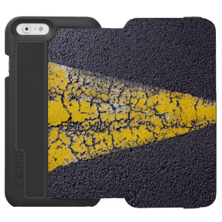 Cracked yellow arrow on a road incipio watson™ iPhone 6 wallet case