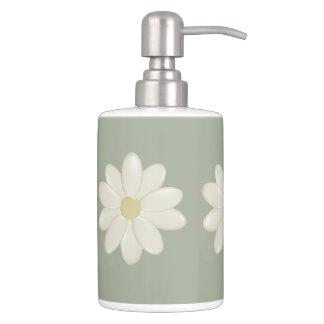 Cream Daisy Sage Green Bathroom Accessory Set