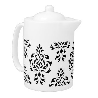 Crest Damask Pattern – Black on White
