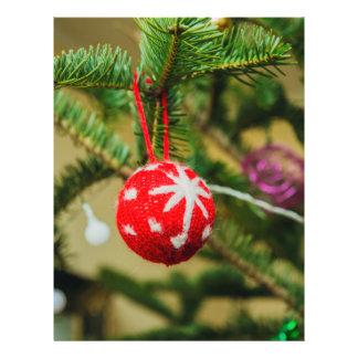 Crochet red Christmas bauble 21.5 Cm X 28 Cm Flyer