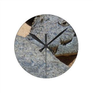 crocs round clock