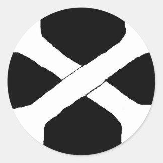 Cross bones round stickers