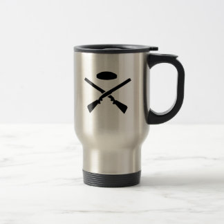 Crossed trap shooting shotguns travel mug