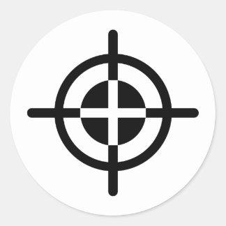 Crosshairs gun classic round sticker