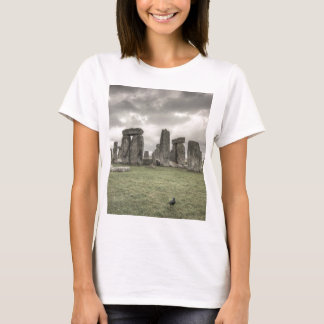 Crow in front of Stonehenge, England T-Shirt