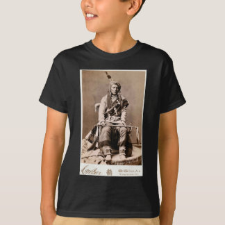 Crow Indian 1880 Vintage Native American Portrait T-Shirt