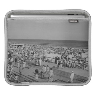 Crowd on Beach iPad Sleeve