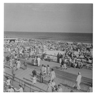 Crowd on Beach Tile