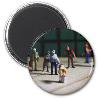 Crowd Puller 6 Cm Round Magnet