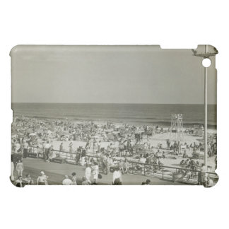 Crowded Beach iPad Mini Cover