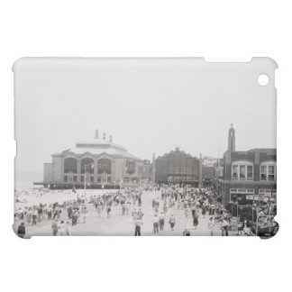 Crowds iPad Mini Covers