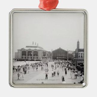 Crowds Silver-Colored Square Decoration