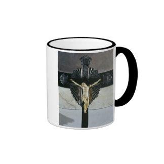 Crucifixion, 17th century (ivory) ringer mug