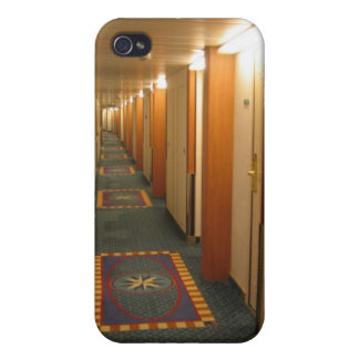 Cruise ship iPhone 4/4S case