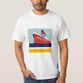 CRUISE SHIP  PORT CHALMERS DUNEDIN NEW ZEALAND T-Shirt