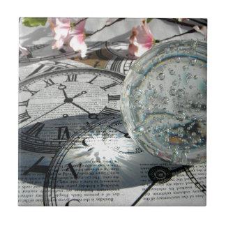Crystal Clocks Tile